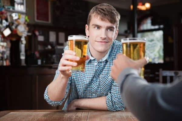 Konsumsi kafein dan minuman beralkolhol secara berlebihan