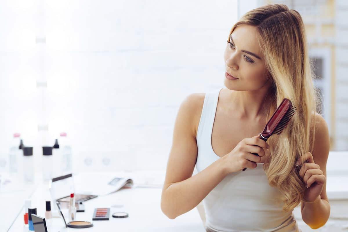 Cara Meluruskan Rambut Keriting Secara Alami dan Cepat 9db0e52dd4
