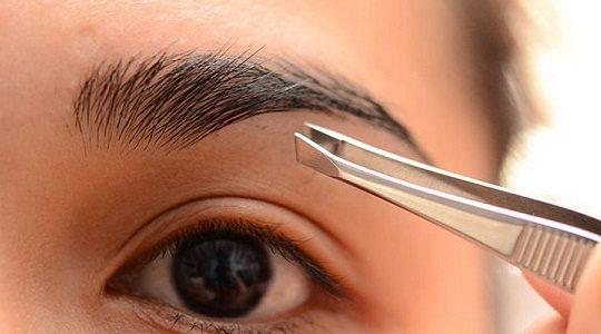 Cara Mencukur Alis Mata Yang Benar Sesuai Bentuk Wajah