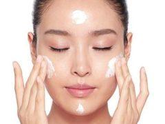 merk pelembab wajah yang bagus Charlotte Tilbury Magic Cream
