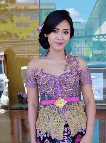 10 Rekomendasi Model Kebaya Bali Modern Best Style 2019