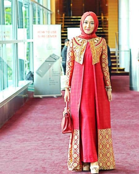 10 Model Kebaya Untuk Kondangan Tren Fashion Wanita 2017