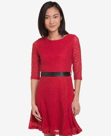 10 Model Kebaya Warna Merah Marun Paling Recommended 2019