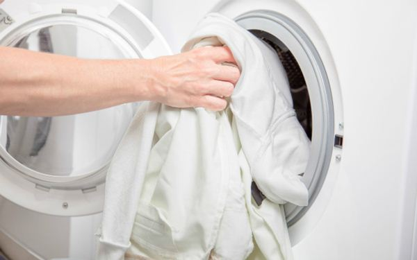 Tidak ada aturan khusus saat mencuci baju <a href='https://pontianak.tribunnews.com/tag/putih' title='putih'>putih</a>