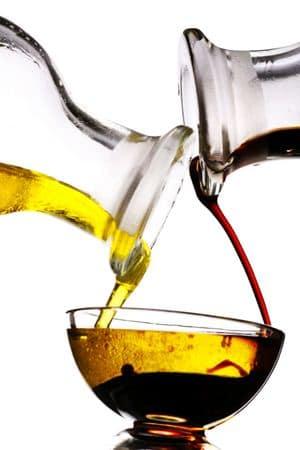 Buat ramuan cuka dan minyak kelapa