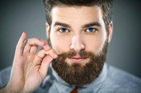 Cukur kumis dan janggut secara teratur Cara Merawat Wajah Pria