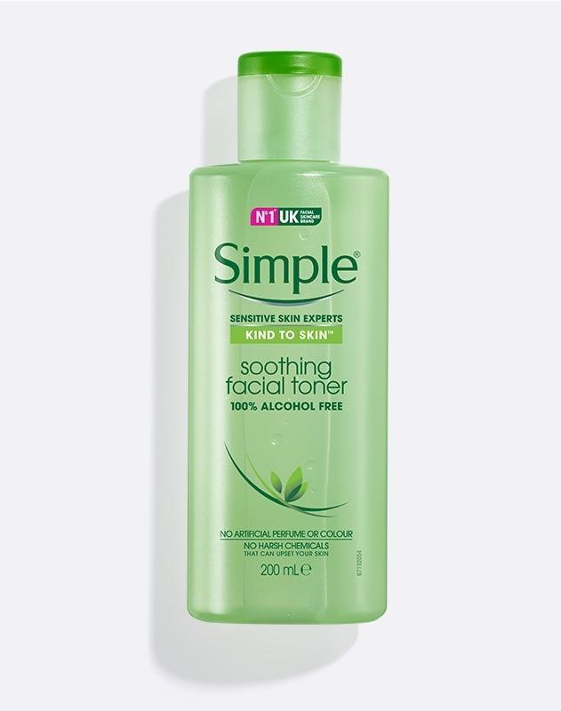 toner untuk kulit sensitif_Simple Kind to Skin Soothing Facial Toner
