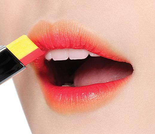 Laneige Two Tone Lip Bar: Juicy Pop (Song Hye Gyo's pick) / Orange Blurring