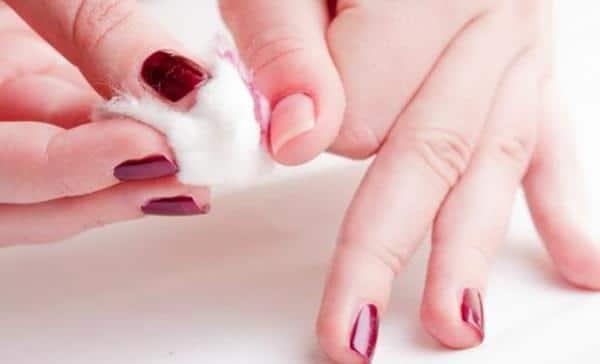 Nail Polish Removing aseton