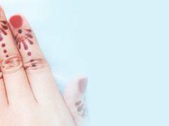 cara memakai henna di kuku