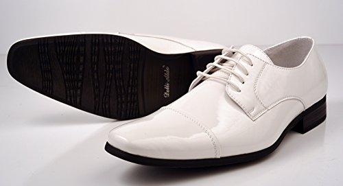 semir sepatu putih