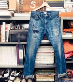 Jangan Mencuci Pakaian Berbahan Jeans Terlalu Sering