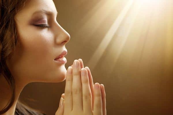 Mendekatkan diri kepada Tuhan