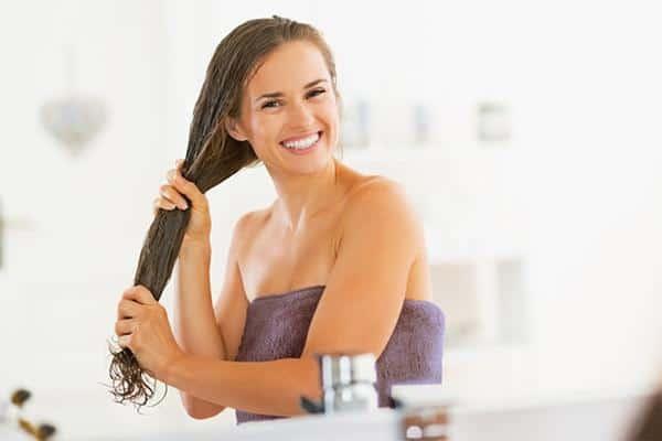 Massage Rambut dengan Minyak