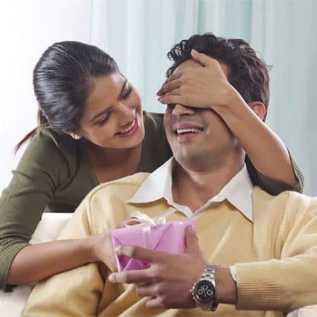 Beri Kejutan cara pdkt dengan pria cuek