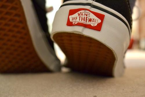 Inilah 10 Cara Membedakan Sepatu Vans Asli Dan Palsu