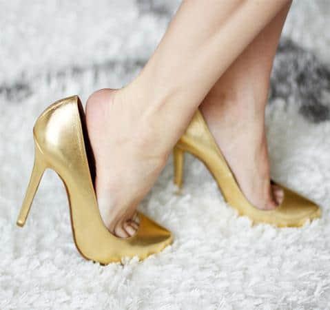 cara mengakali sepatu yang kebesaran