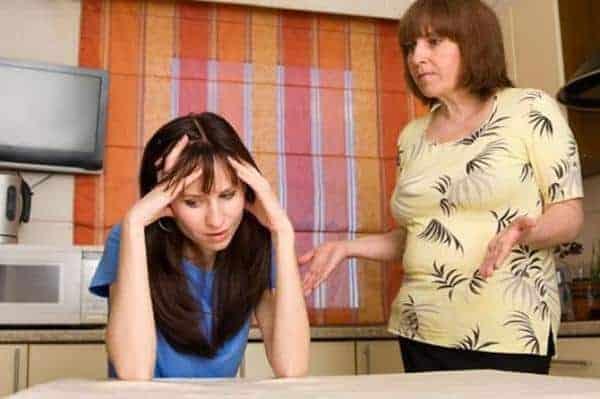cara menghadapi mertua cerewet