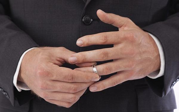 Tarik cincin