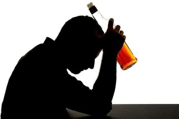 Kurangi Konsumsi Minuman Beralkohol