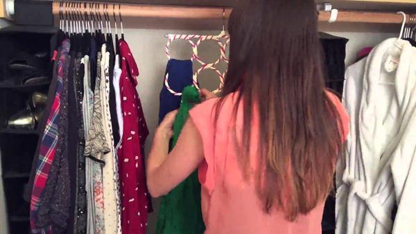 cara melipat jilbab segi empat agar tidak kusut