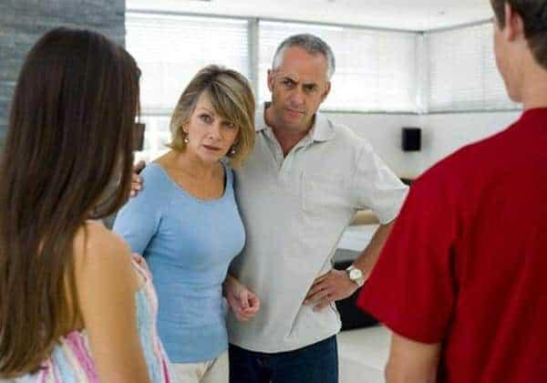 cara meluluhkan hati orang tua yang tidak merestui hubungan anaknya