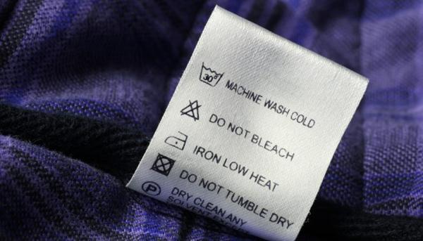 Periksa Petunjuk cara mengkilapkan jaket kulit