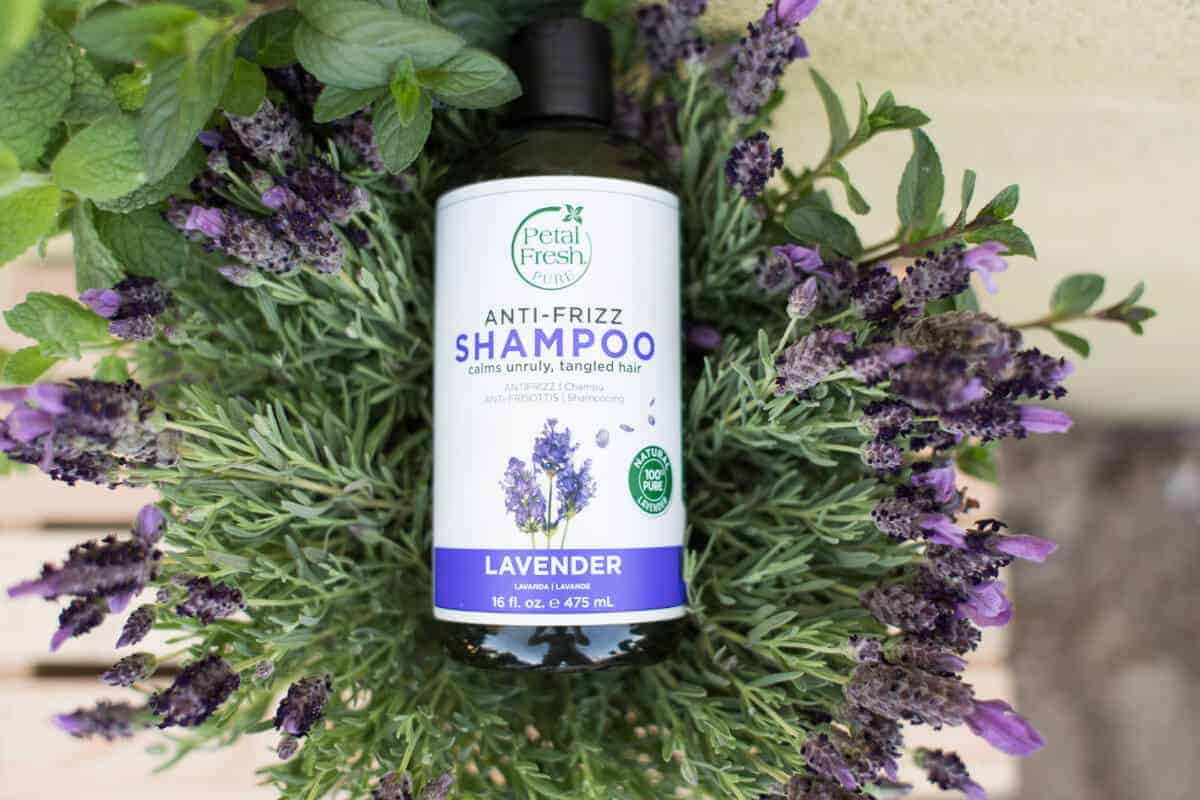 Petal Fresh Pure Anti-Frizz Shampoo