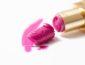 Tips Agar Lipstik Tidak Patah