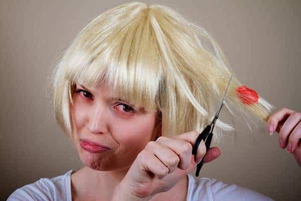Cara Menghilangkan Permen Karet di Rambut