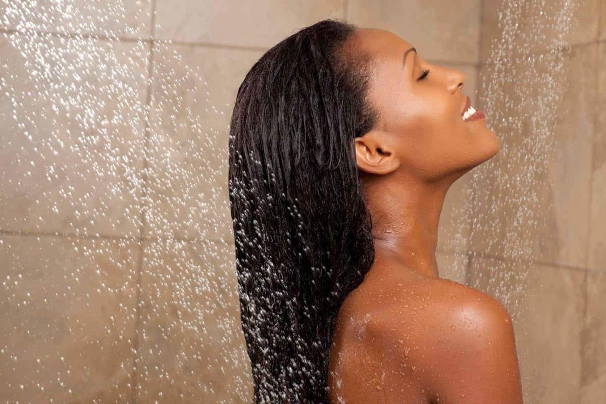 Membilas Rambut Tidak Bersih