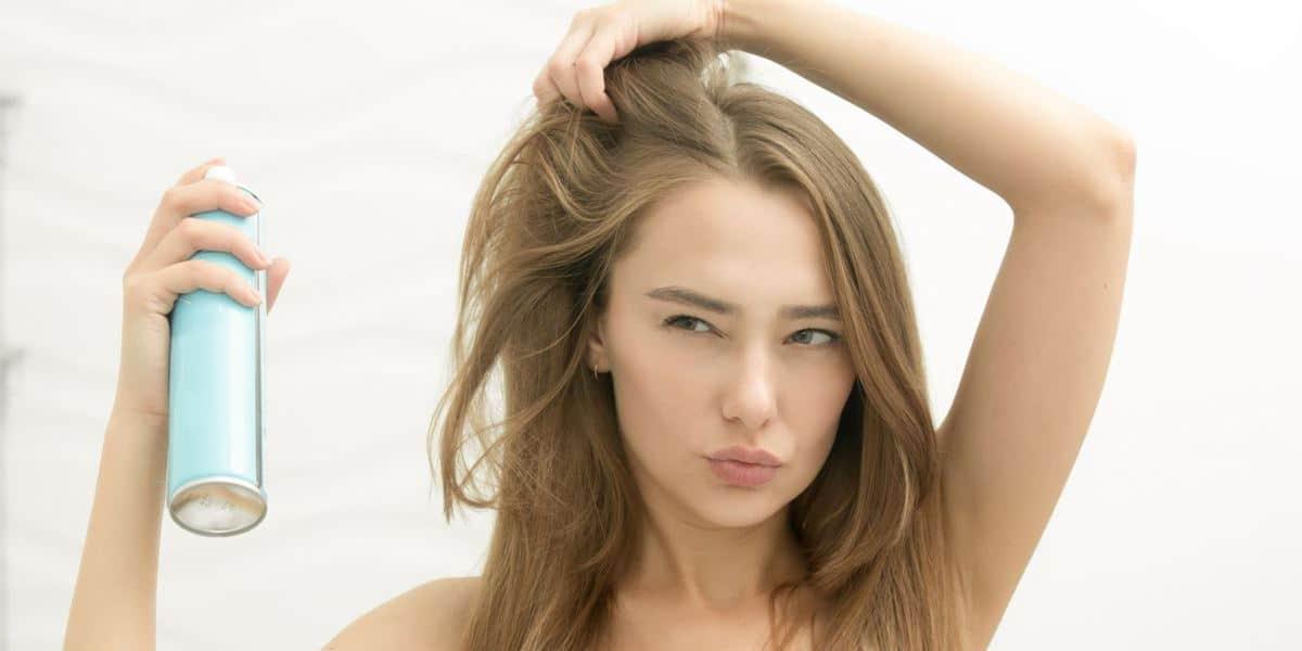 Pertimbangkan Shampo Kering (Dry Shampoo)