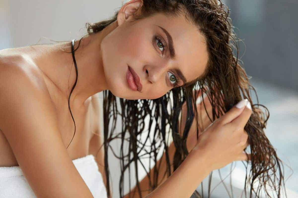 Tips Perawatan Rambut dengan Hair Tonic