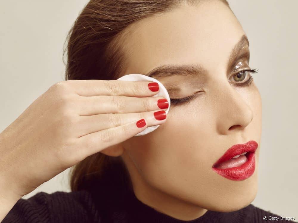 Malas Menghapus Makeup