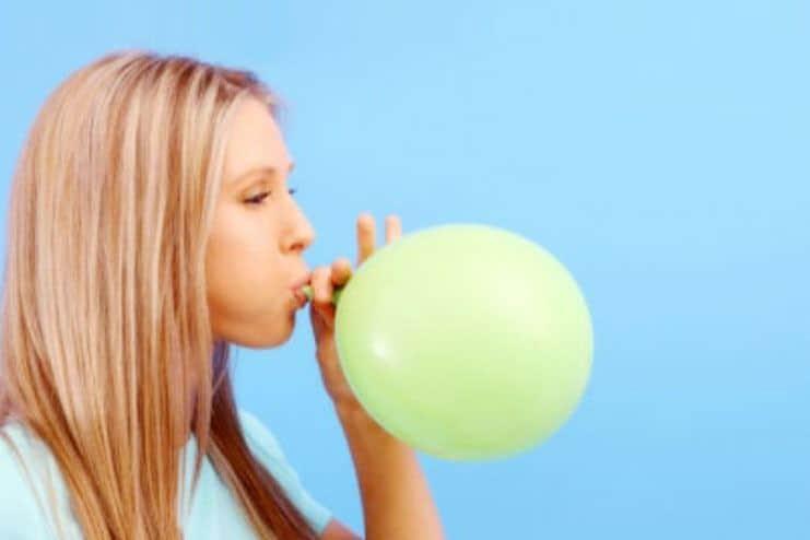 Gerakan Meniup Balon