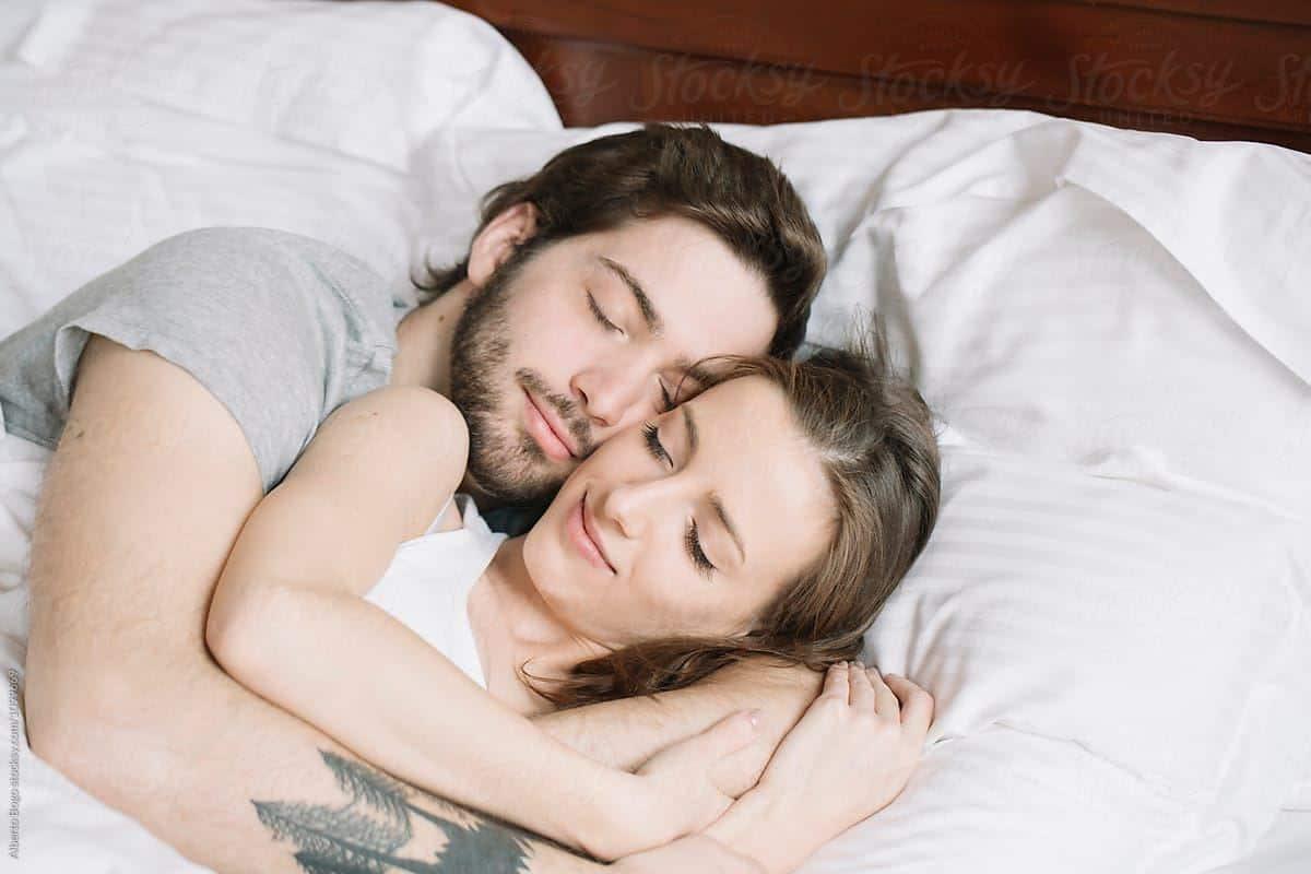 Memiliki Teman Tidur yang Menyenangkan