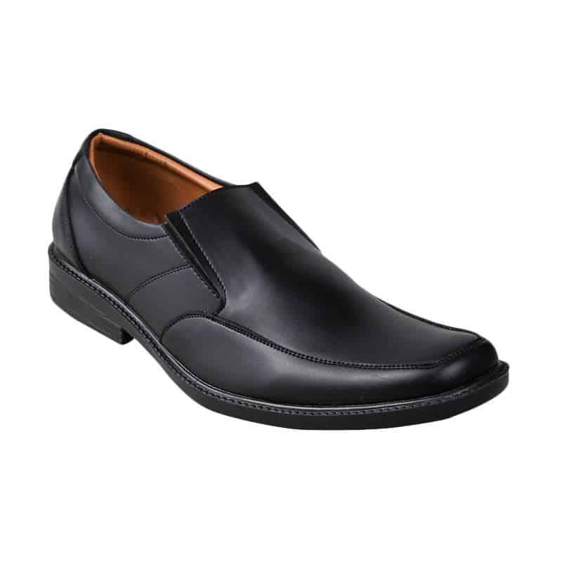 yongki komaladi pantofel