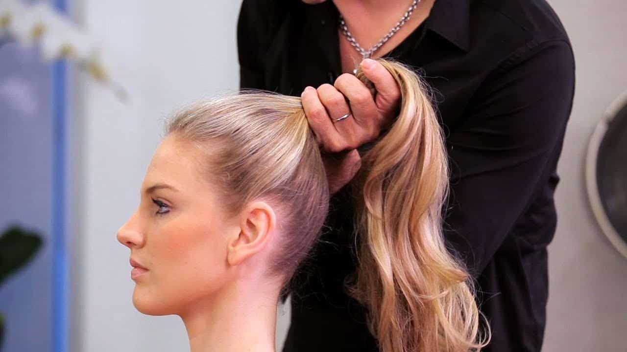 Kuncir rambut Terlalu Tinggi ponytail