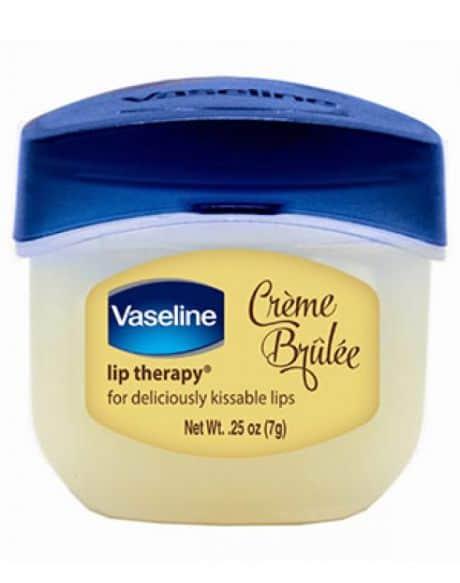5 Cara Menggunakan Vaseline Lip Therapy Dengan Benar