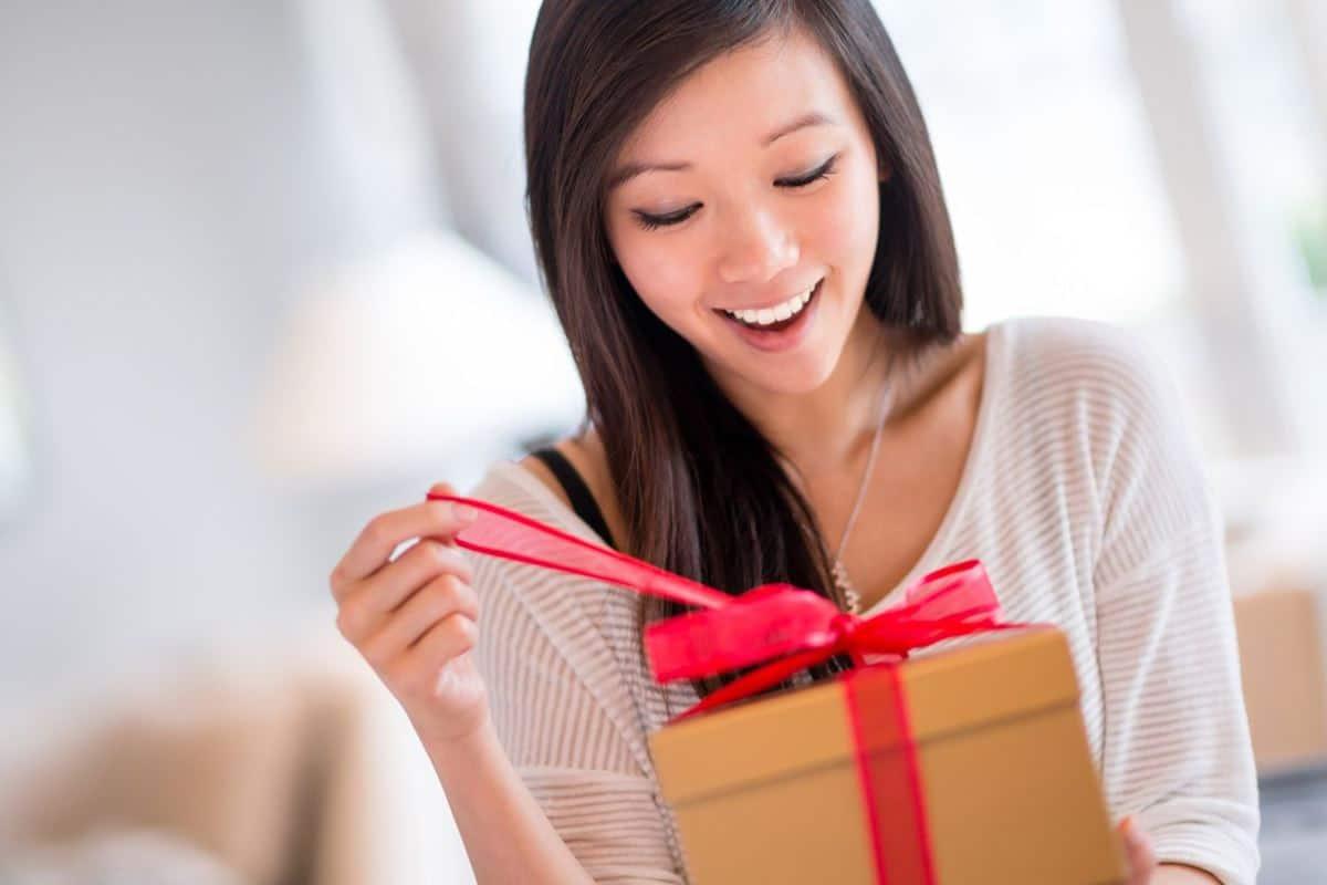 Kirimkan Hadiah di Hari Ulang Tahun