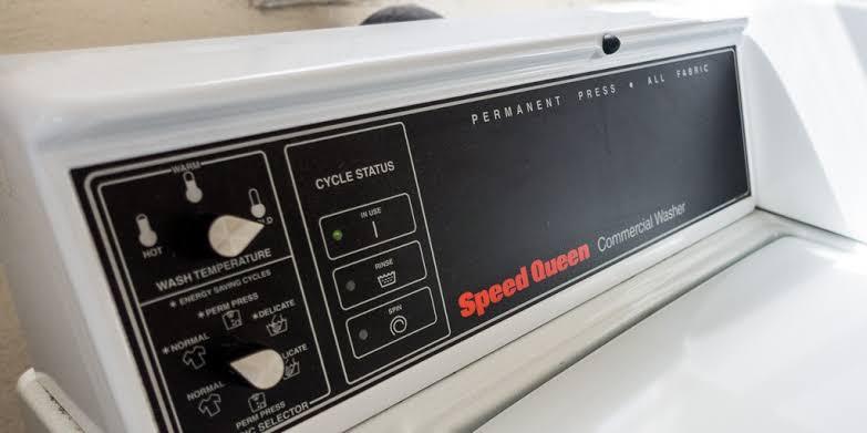 Inilah Tata Cara Mencuci Celana Jeans dengan Benar 81