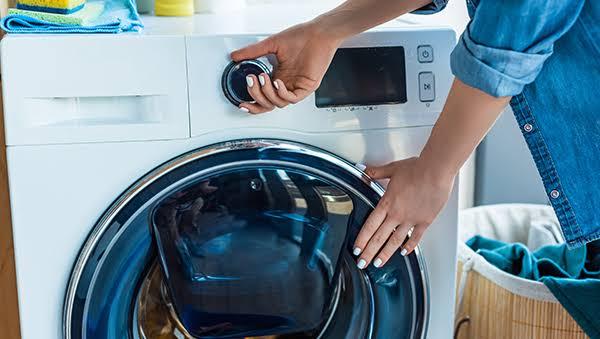 Inilah Tata Cara Mencuci Celana Jeans dengan Benar 83