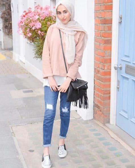 Ripped Jeans Bisa dengan Hijab
