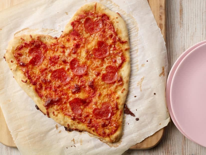 Pizza Berbentuk Hati