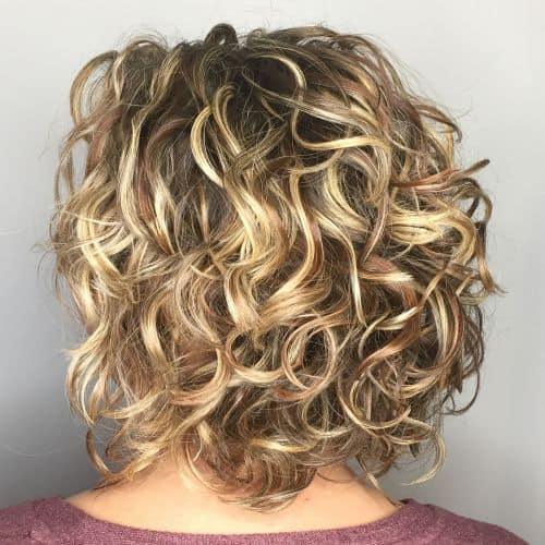 5-messy-curly-bronde-bob