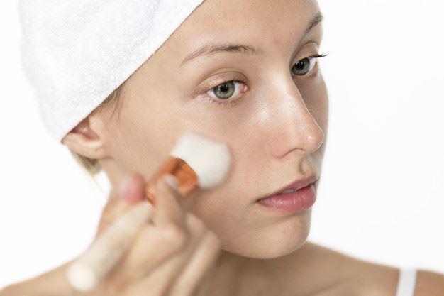 Membuat Make Up Lebih Fresh dan Tahan Lama