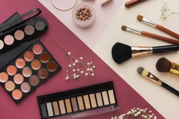 Pilih Produk Makeup