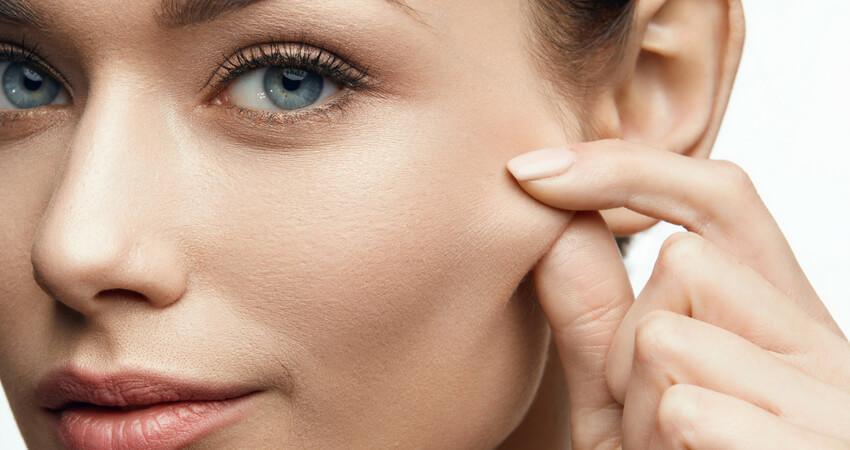 merawat kelenturan wajah