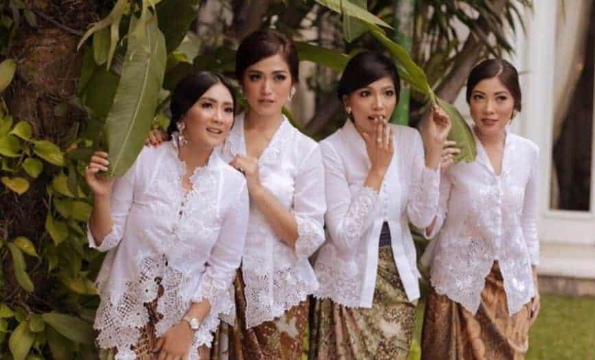 Kebaya Kartini