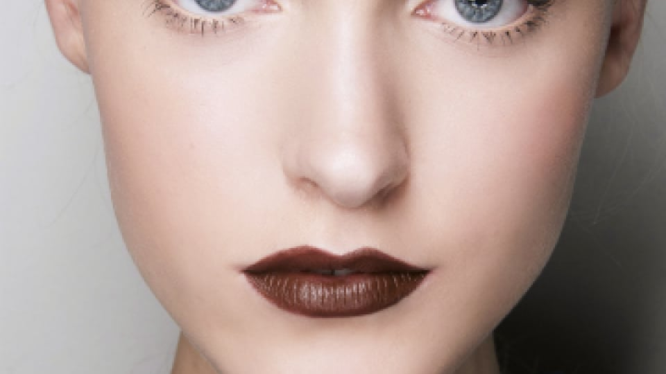 lipstik coklat tua (Copy)